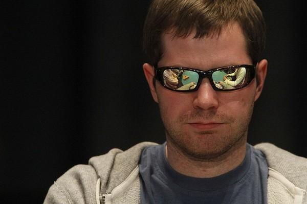 【6upoker】德州扑克游戏边缘中等对子