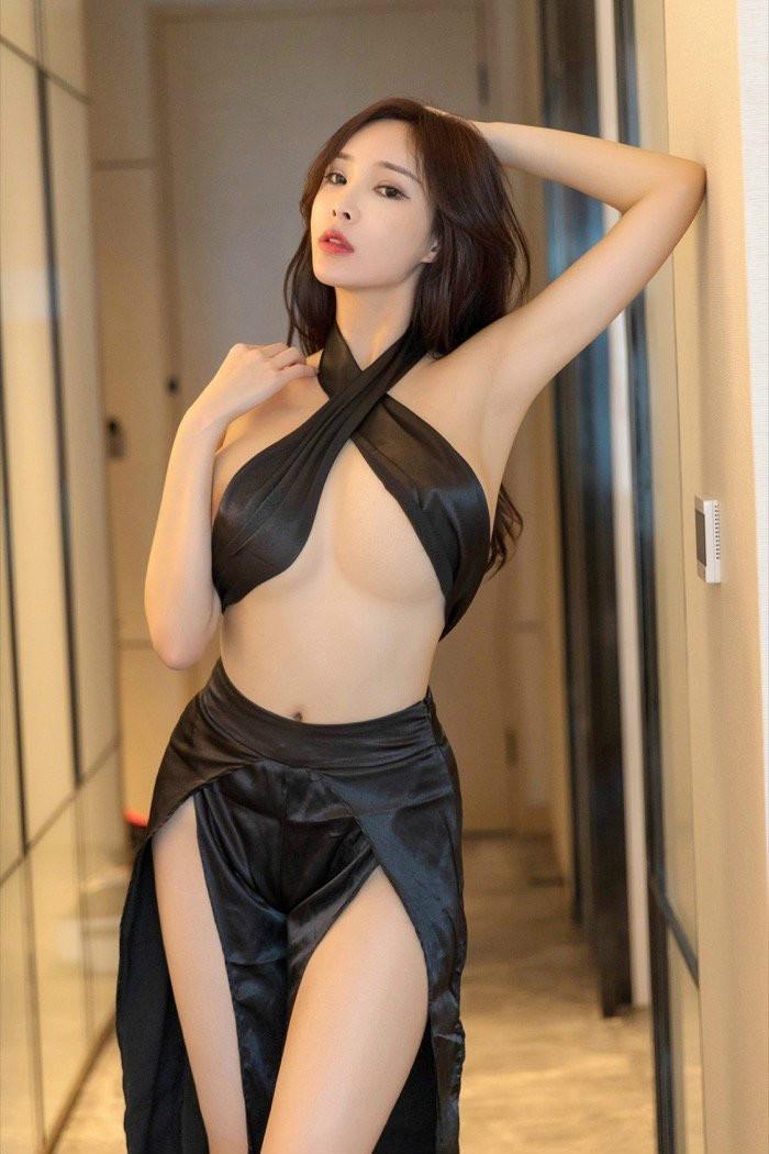 【6upoker】睡衣诱惑极品美女奶瓶土肥圆矮挫丑黑穷前凸后翘美艳无比