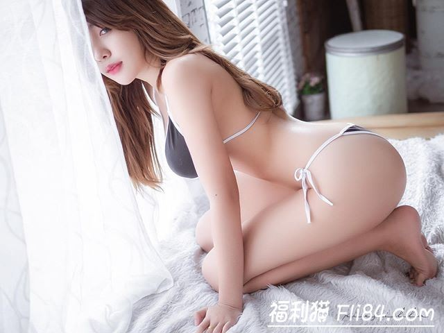 【6upoker】鼻血止不住!极品嫩模d.donus微露酥胸挑逗直男的极限!