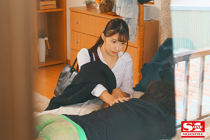 """【6upoker】偷窥对面的长腿姐姐""""星宫一花""""做爱被发现!不只没生气还诱惑骑上来…"""