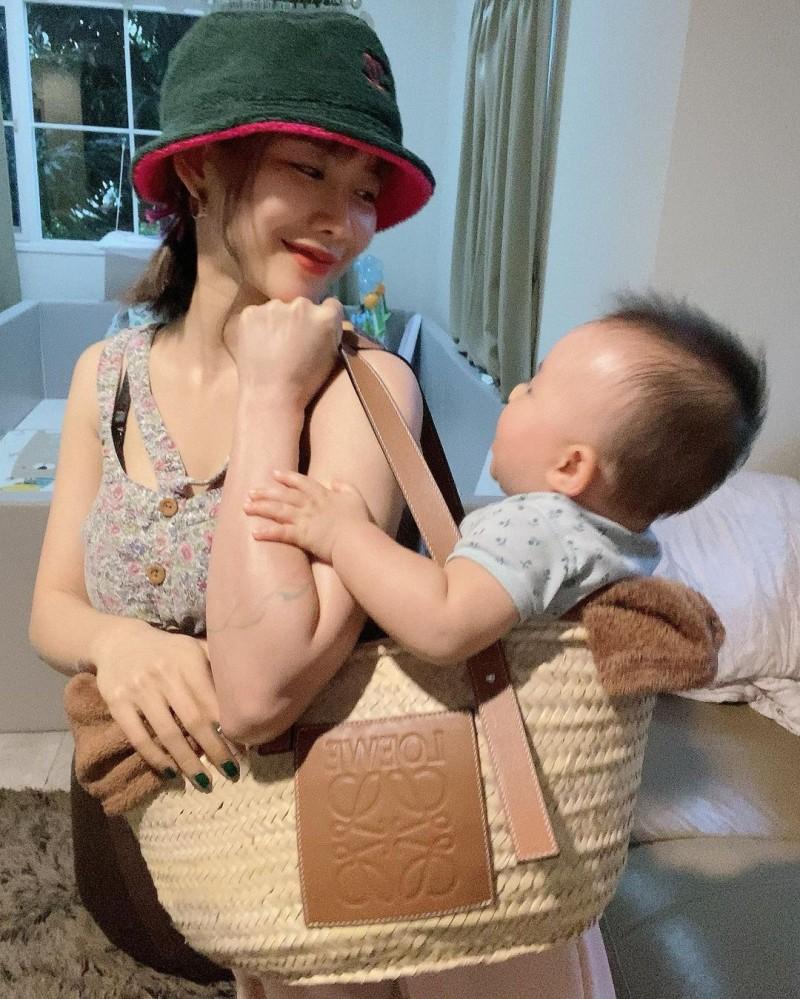 【6upoker】火辣网红《陈美贤》生娃后照旧!地方美艳妈妈!