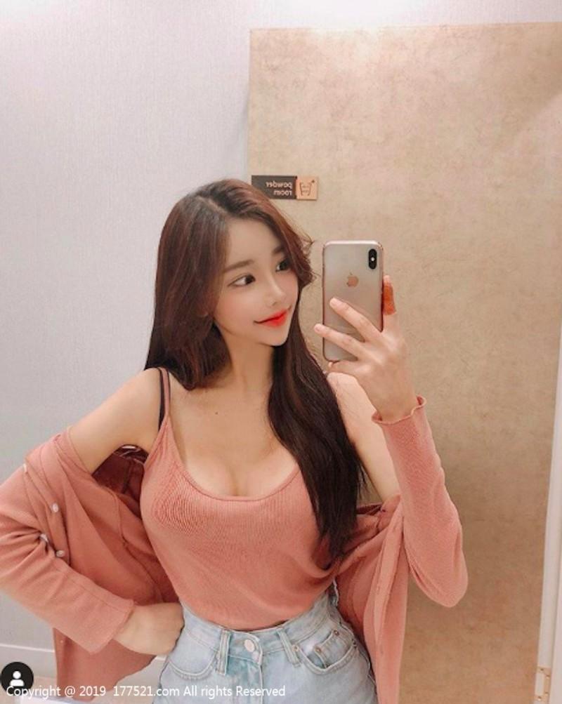 【6upoker】南韩辣妹DJ VELY 比基尼秀性感身材令人受不了